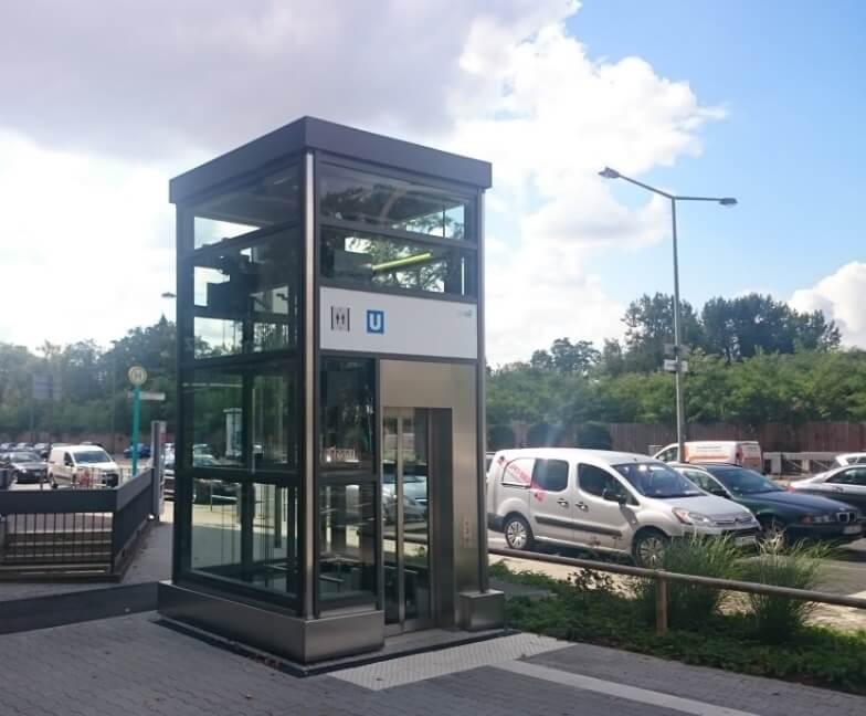 Aufzug Station Miquel-/Adickesallee