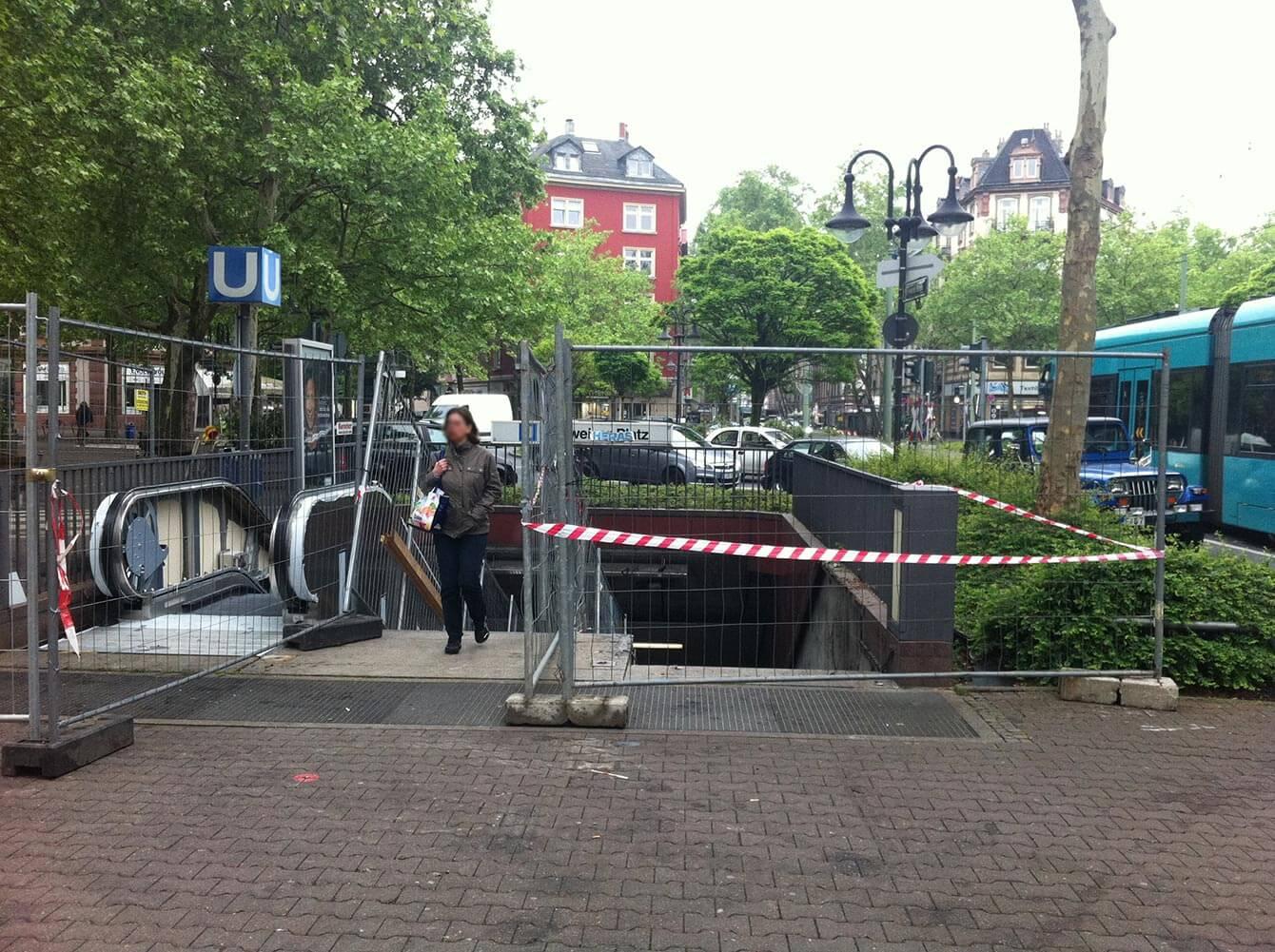 Bauarbeiten Aufzugsnachrüstung Schweizer Platz