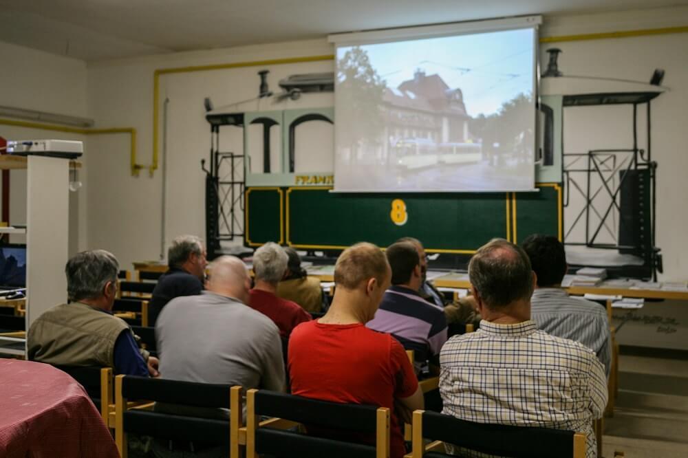 Vereinsabend mit Lichtbildvortrag im HSF-Vereinsheim (Foto: Andreas Behrndt)