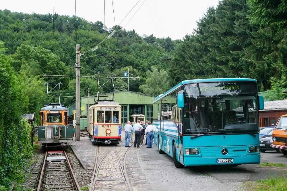 Im Jahr 2012 besuchten Mitglieder der HSF die Bergischen Museumsbahnen in Wuppertal. (Foto: Andreas Behrndt)