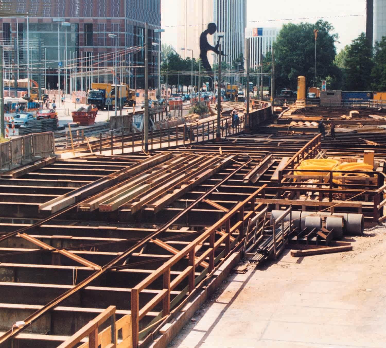 """Bauarbeiten der Station """"Festhalle/Messe"""""""