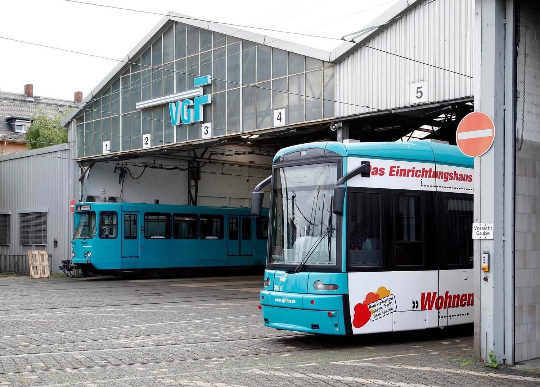 """Abgestellte Bahnen im Betriebshof """"Gutleut"""""""