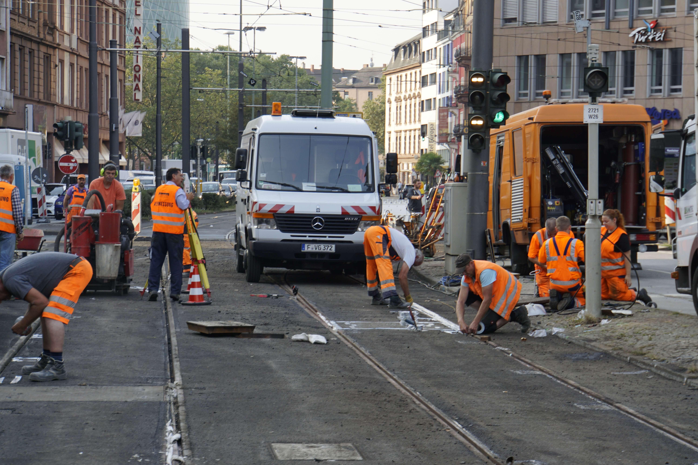 Abzweig Gutleut: Die neuen Gleise liegen, es bleiben restliche Arbeiten.