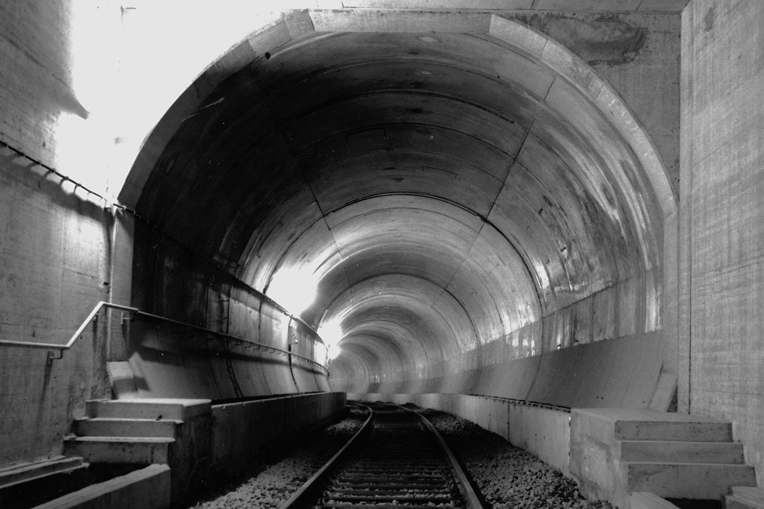 711p-tunnel-c52-1