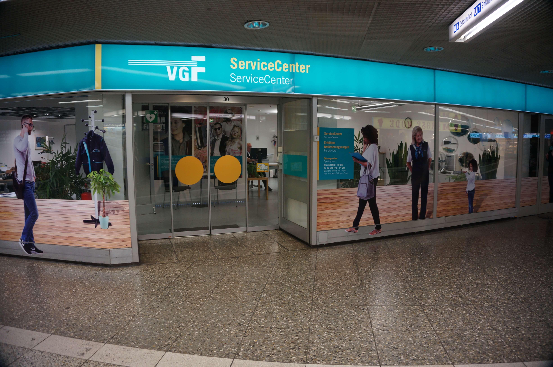 ServiceCenter von außen