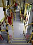Niederfluriger Zugang zum sogenannten C-Teil (Mittelteil) mit großzügigem Platzangebot für Rollstühle, Kinderwagen usw.