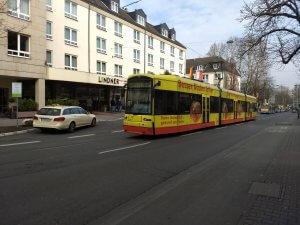Die kürzeste Fahrt: Zuckschwerdtstraße - Bolongaropalast