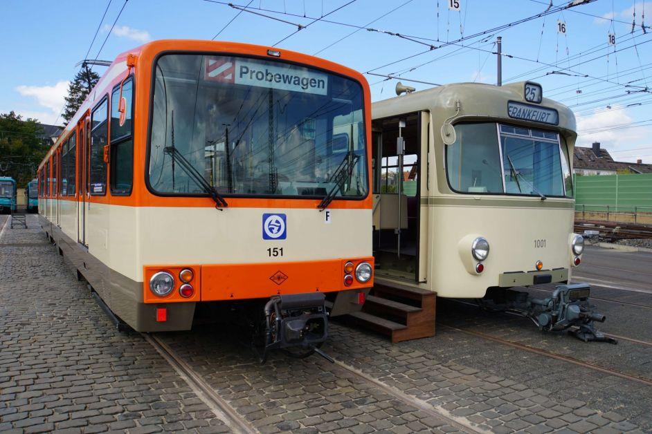 Historische Straßenbahnwagen der VGF
