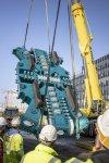 Anlieferung des 7 Meter hohen Schneidradzentrums der Tunnelvortriebsmaschine Baumaßnahmen Verlängerung U5 Europaviertel