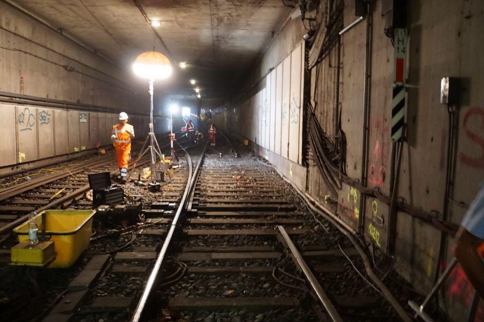 Bauarbeiten im Tunnel